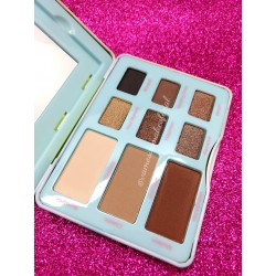Kit de Sombras Marry Me Luisance Modelo A